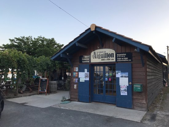 La cabane de l 39 aiguillon photo de la cabane de l - La cabane de l aiguillon ...