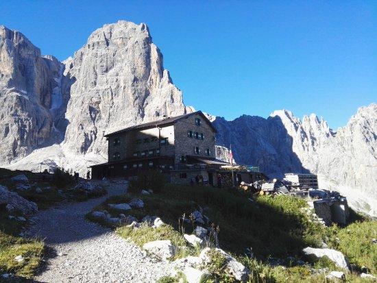 Trentino Dolomites, อิตาลี: Rifugio Brentei - Dolomiti di Brenta
