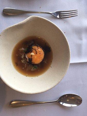 แอดิเลดฮิลล์, ออสเตรเลีย: egg yolk consume