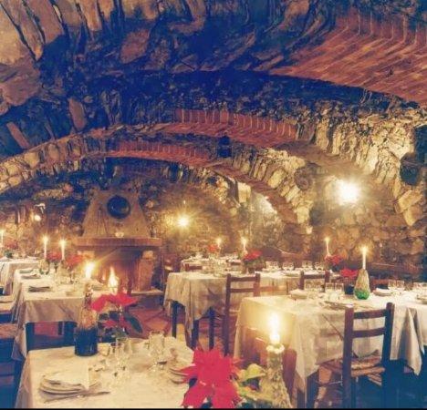 Leivi, Italy: Le grotte del Ristorante