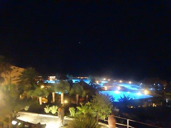 In de avond alles mooi verlicht - Picture of La Palma Princess ...