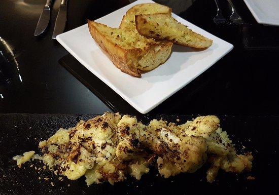 Spice Market,Rockford Hotel: Garlic + herb bread
