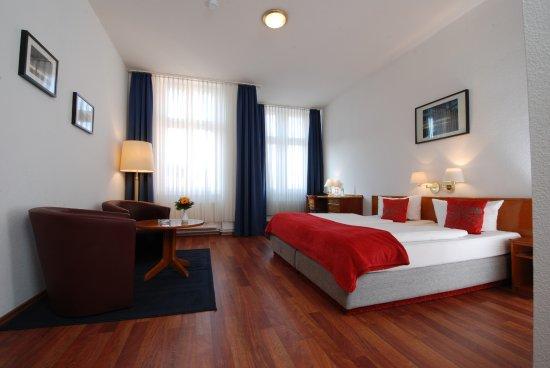 Hotel Lindenufer: Doppelzimmer Raucher