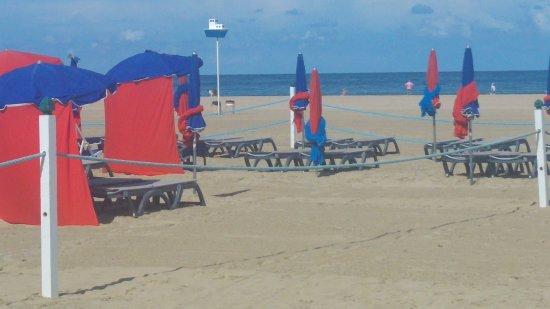 Deauville, França: les parasols