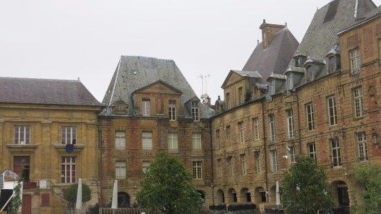 Charleville-Mezieres, France: Place Ducale