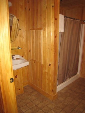 Pickens, Karolina Południowa: Cabin #3 bathroom 1