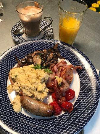 Бишопс-Стортфорд, UK: All day breakfast