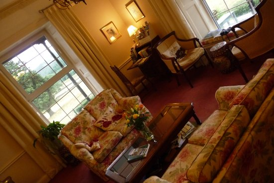 Near Sawrey, UK: Drawing room