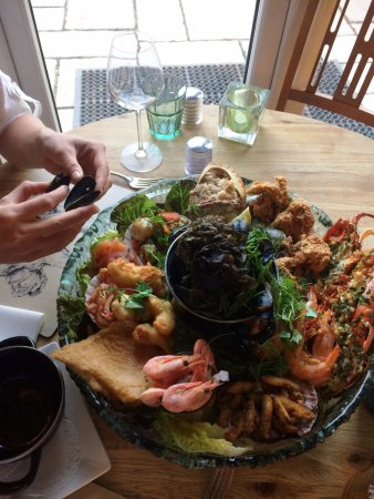 Shipston-on-Stour, UK: Seafood Platter for 2