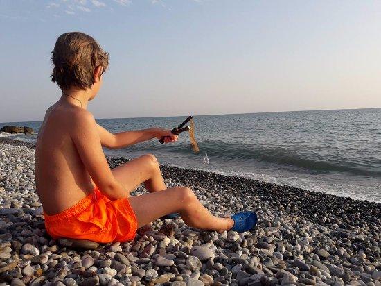 Yakornaya Shchel, รัสเซีย: Дальний пляж