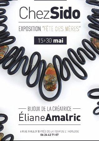 Auxerre, فرنسا: Exposition des bijoux contemporains de la créatrice eliane amalric
