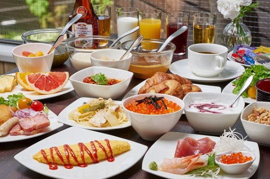 Amazing The Breakfast Buffet Style Have Some While Its Hot The Interior Design Ideas Clesiryabchikinfo