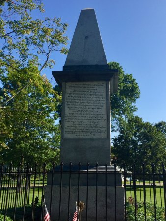 Lexington, MA: monument