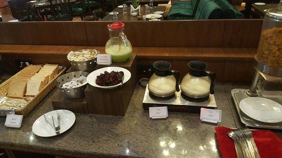 Regenta MPG Club Mahabaleshwar: Breakfast