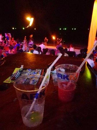 Ark Bar Beach Club: Drinks.