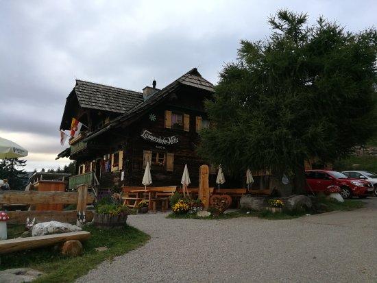 Millstatt, Österrike: IMG_20170728_201130_large.jpg