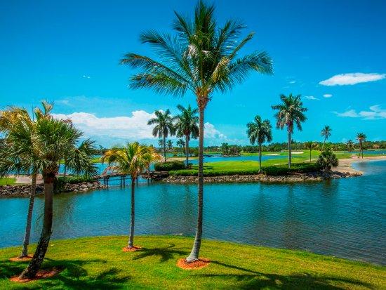 greenlinks golf villas at lely resort 163 1 7 9. Black Bedroom Furniture Sets. Home Design Ideas