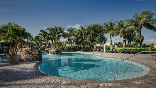 Awesome - Review of GreenLinks Golf Villas at Lely Resort
