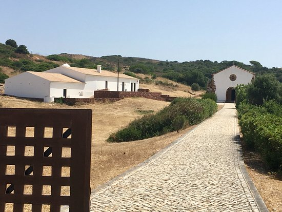 Vila do Bispo, โปรตุเกส: Entrada e vista geral.