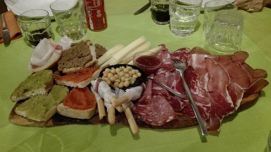 Montemerano, Włochy: IMG_20170813_212909_large.jpg