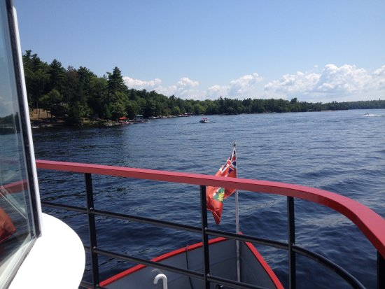 Port Carling, Canadá: Peerless II tour out on the Muskoka lakes.