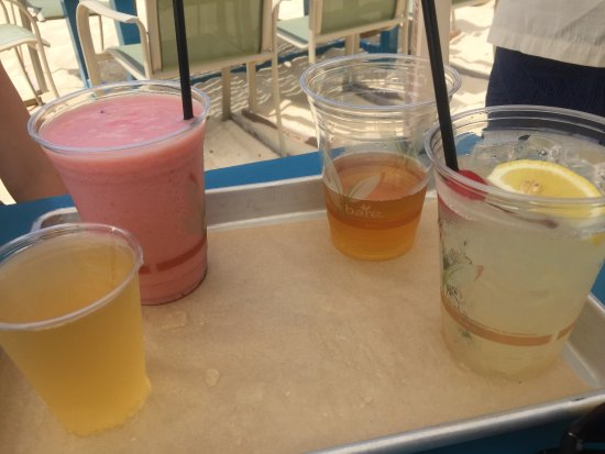 West End Village, Anguilla: Huge variety of alcohol and non-acoholic drinks