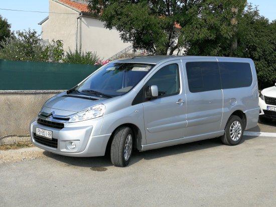 Rovinj, Croacia: Attila Taxi & Transfers