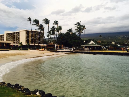 Courtyard by Marriott King Kamehameha's Kona Beach Hotel: photo1.jpg