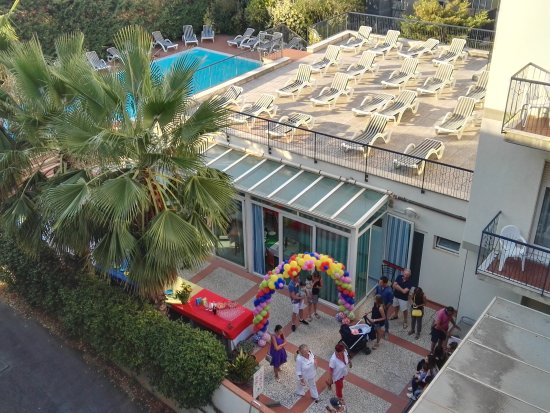 Hotel Residence Mediterraneo: IMG_20170815_190324_large.jpg