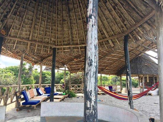 Kutani, Танзания: Beach Lounge and Bar