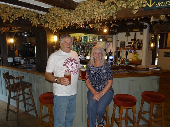 Ross-on-Wye, UK: The bar at The Penny Farthing