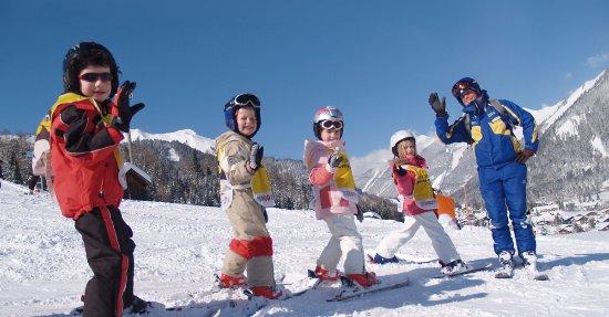 Skischule Lermoos: Skiunterricht in Lermoos