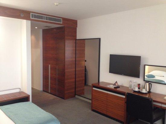 Atrium Hotel Resmi