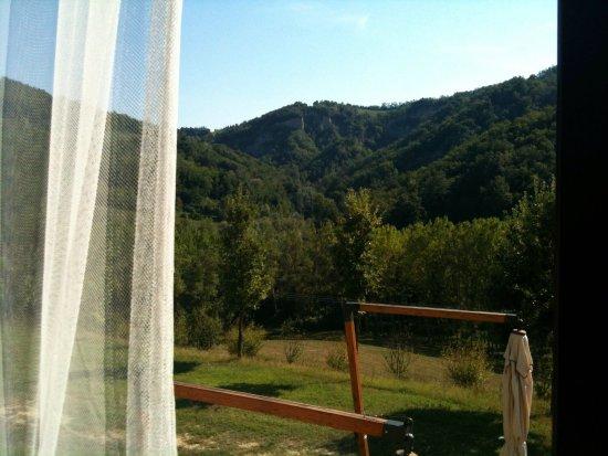 Pianoro, Italien: Panorama dalla sala