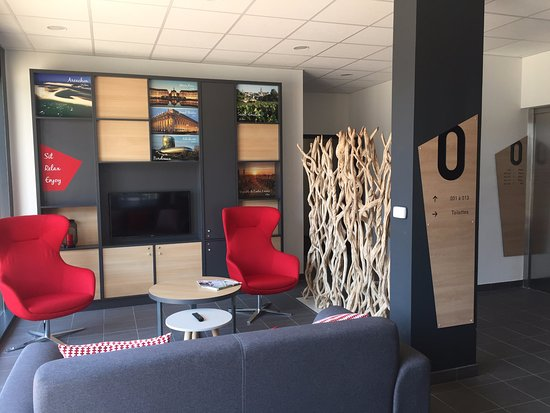 Tresses, France: Espace Lobby