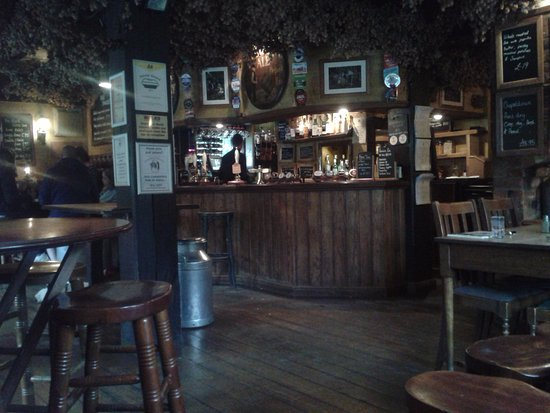 Thurnham, UK: The pub