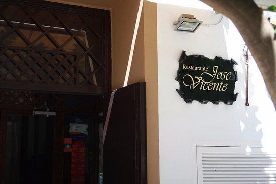 Jose Vicente: Entrada do restaurante