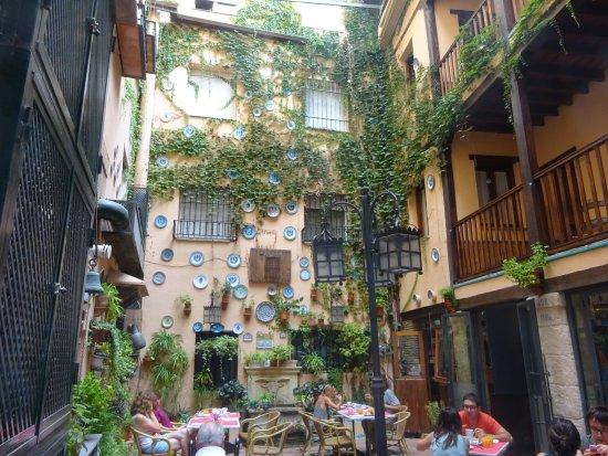 Hotel Posada Del Toro: Patio du petit déjeuner.