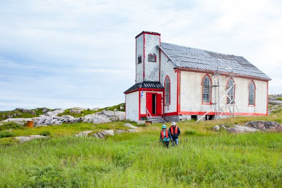 Port aux Basques, Canadá: Bethany United Church in Petites, originally built in 1859, is undergoing restoration.