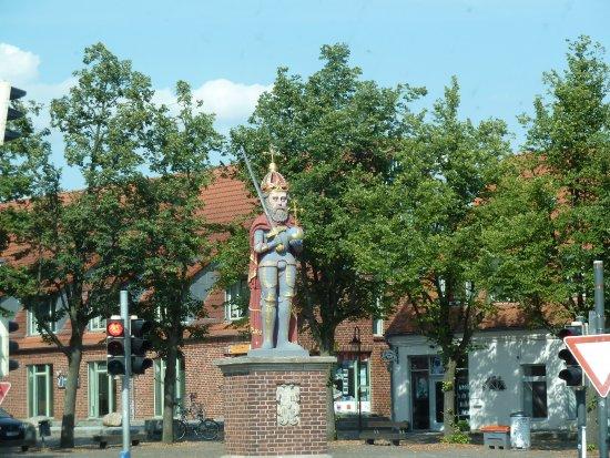 Roland-statyn i Wedel