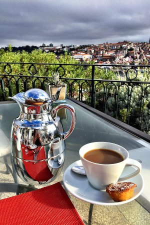 The Yeatman : Morning coffee on the terrace
