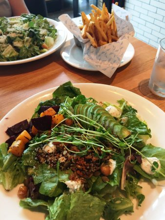Somerville, MA: Quinoa and Avocado Powerbowl