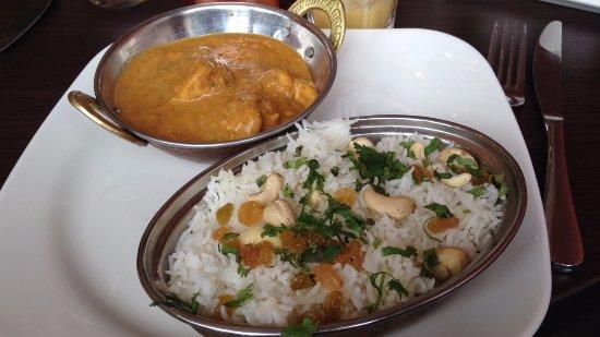 Lieusaint, Francia: plat de poulet au curry