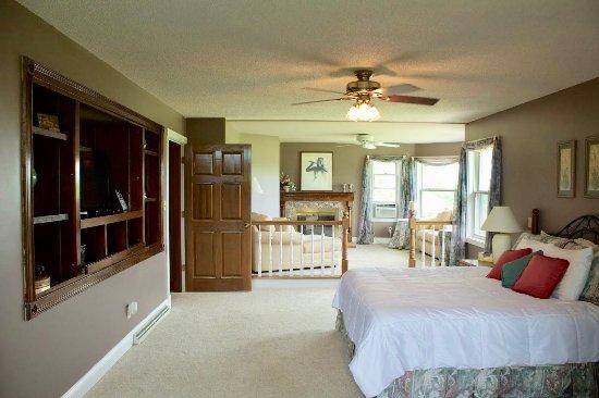 Batavia, OH: Orchid Suite