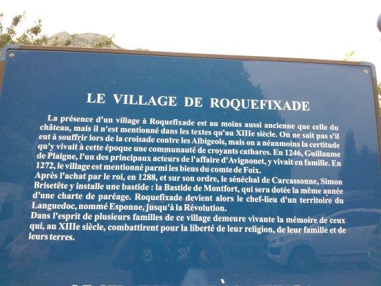 Roquefixade, Francja: Quelques explications sur le village