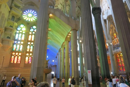 jeux de lumi res picture of basilica of the sagrada familia barcelona tripadvisor. Black Bedroom Furniture Sets. Home Design Ideas
