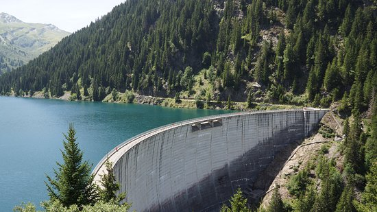 Areches, France: Barrage de St Guerin