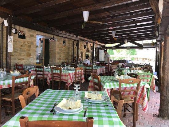 Rosora, Italia: photo1.jpg
