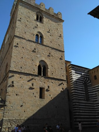 Cathedral of Volterra (Duomo): IMG_20170812_170042_large.jpg