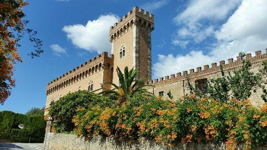 Bolgheri - Borgo Medievale